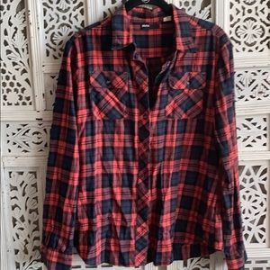Flannel long sleeved, urban outfitters